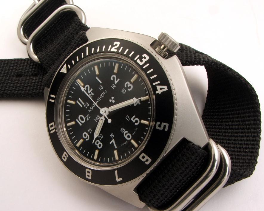 "Benrus ""type"" military watch homages - Buying Guide 532_006-885x708"